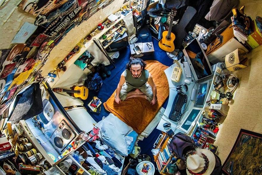bedrooms-around-world-my-room-project-john-thackwray-21-57fb382de5870-jpeg__880