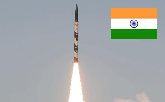 India test fire Nuclear-capable Agni-I missile